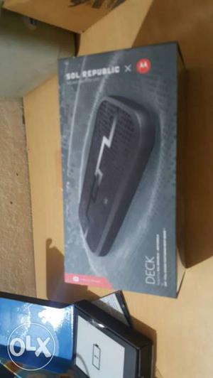 Motorola Deck Bluetooth Speaker new seal pack