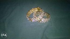 Kundan bangles size 2x2. One pair used only once