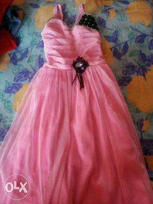 Kids girls new dresses for sale size 5 to 6 years