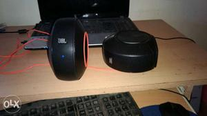Jbl pebbles Desk speakers Can also be portable Negotiable