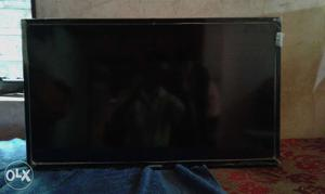 Samsung led tv with 3D (32inches with many