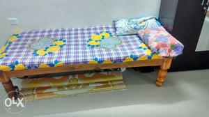 Single bed with matrice for sell