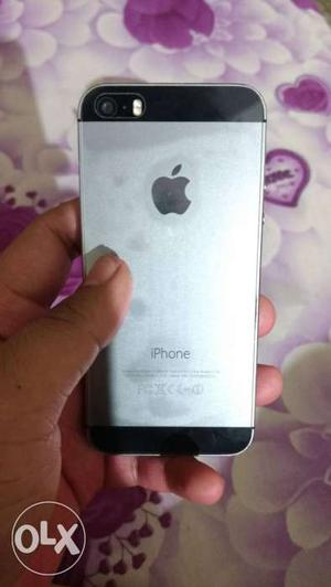 IPhone 5s 16 fb space grey 11 months old in very