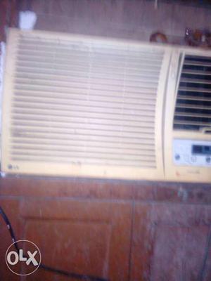 Lg white Window Air Conditioner