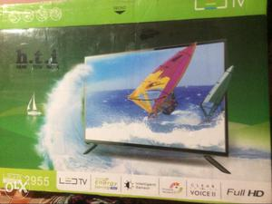 """LED 29"""" full hd brand new scretchless packed in"""