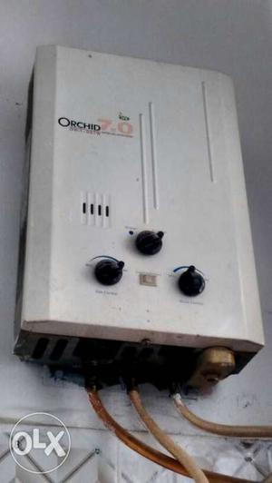 White Orchid Tankless Water Heater