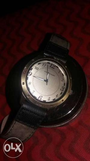 Provogue watch new watch just 1 month old if