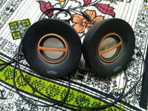 Zebronics small desktop speaker in running