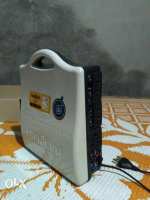 Frontech inverter with battery