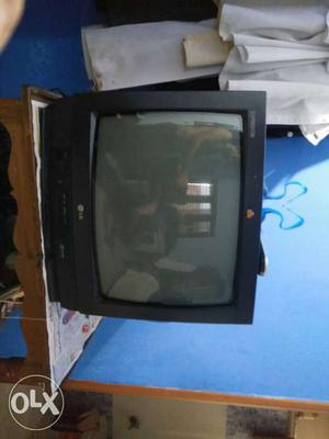 LG color TV with excellent condition