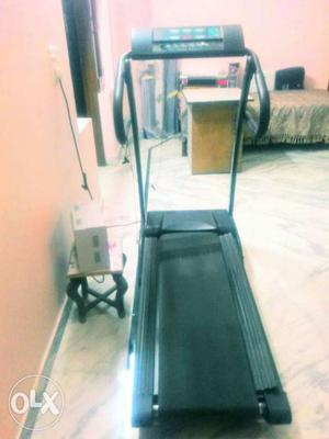 Tread mill for sale excellent condition used only