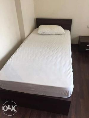 2 Single beds with mattresses available