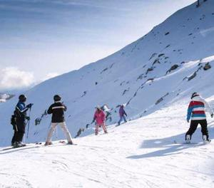 Shimla Trips in May-June with Cheap Cost from Raj Nandgaon