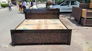 A new wooden double bed box type size 565 | Posot Class