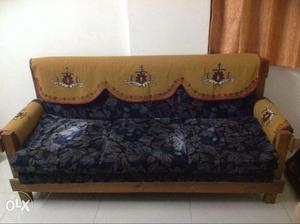 Teak wood sofa set 3+1+1 seater
