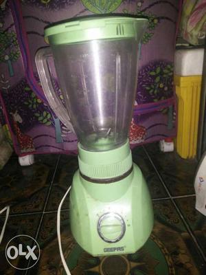 Mixer grinder in good condition