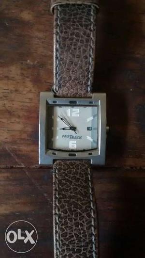 Titan Fastrack brown leather strap, White dial