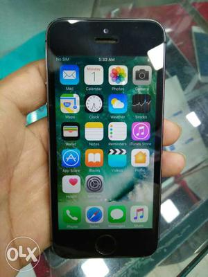 I phone 5s 16 gb grey. full box acc only 10 day