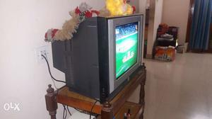 LG tv in excellent condition..moving to home