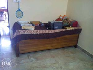 Teak wood diwan bed excellent condition want to