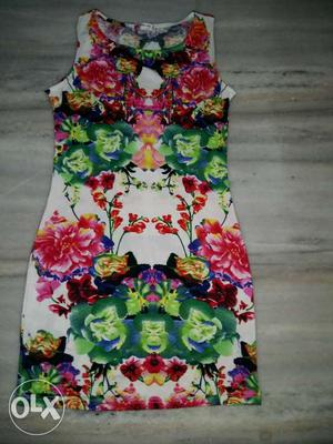 Brand new dress never used just for 800
