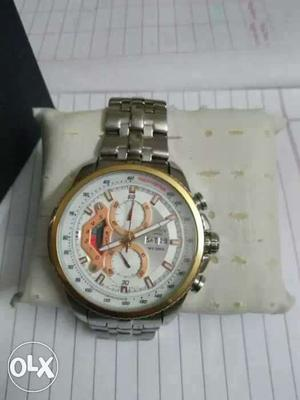 Sell both watches for low cost fix cost new ok
