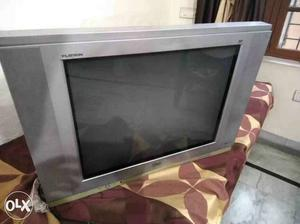 """A LG TV (28""""). Perfectlly all right condition"""