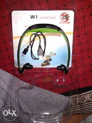 Black And Green W1 Sports MP3 Player Headphone