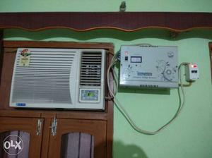 White Window Type Air Conditioner 1 ton,