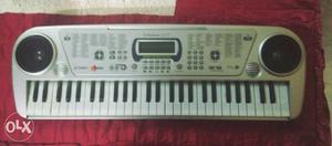 Electric casio. With two speakers. mic can also