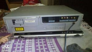 Samsung CD player. 3 CD changer