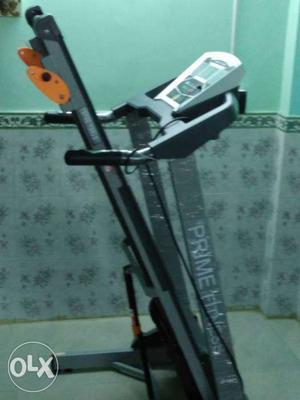 Motorised treadmill of Prime Fitness
