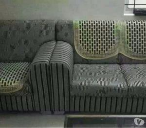 2 year excellent 5 seater(3+1+1) sofaset with 5 big cushions