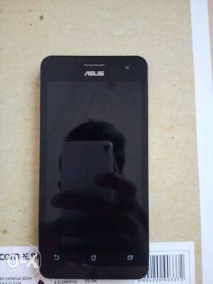 Asus Zenfone 5 in very good condition with