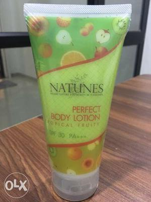 Perfect Body Lotion Tropical Fruity SPF 30+++