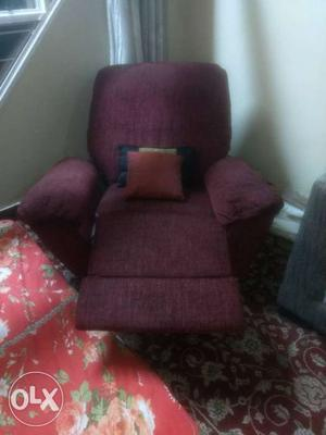 Recliner chair. 5 years old. good fabric. the