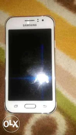 Samsung j1 ace 3 g mobile only 15 days old