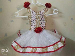 Under One years girl Sleeveless Dress