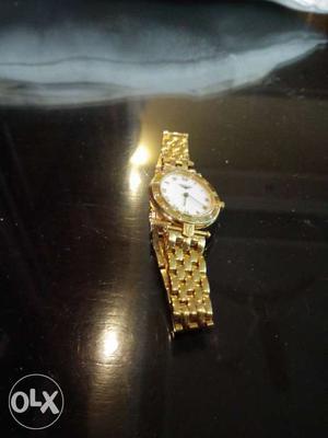 18caratgold watch with diamonds longines