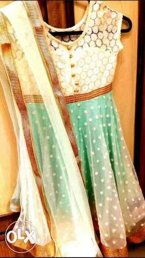 A beautiful brand new sea green dress form BIBA