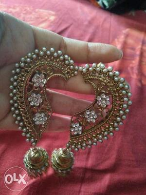 Earcuff earrings, Newly bought, never wore