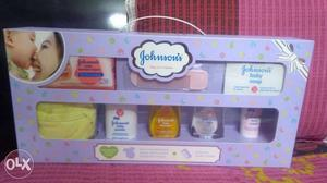 Johnsons Baby Gift Pack. SEALED BOX