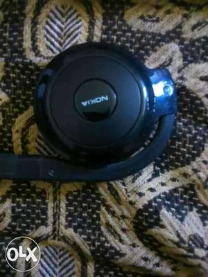 Wireless Bluetooth Headphones. Five months old.