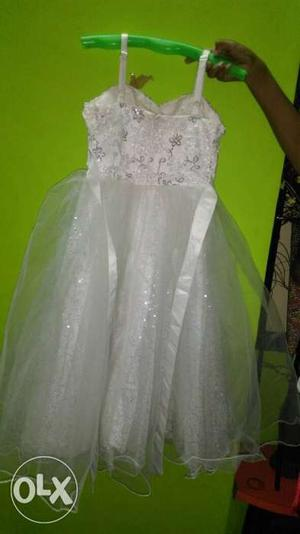 Beautiful girls party wear gown, for 6-9 year