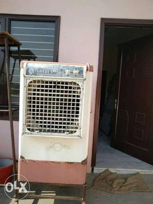 White And Pink Metal Evaporative Air Cooler