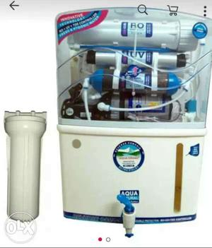 White Aqua Water Filter System