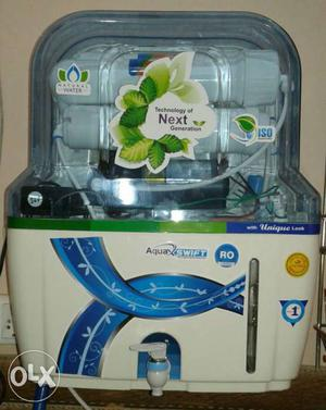 White And Blue Aqua Swift Water Purifier
