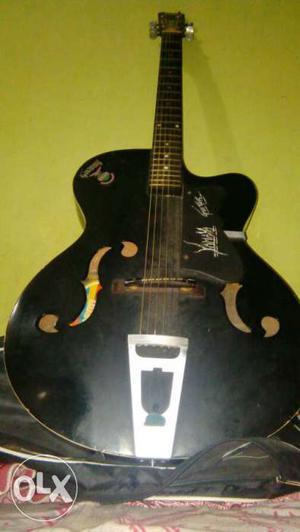 Original Givson Guitar at amazing price