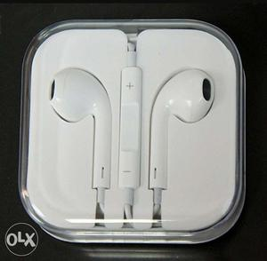 New Apple original Earphones just weeks old with