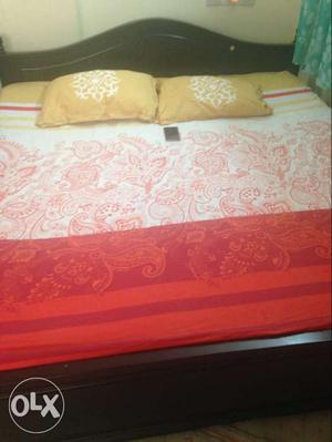 Bed for sale. King Size